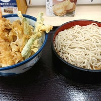 Photo taken at 天丼てんや 新津田沼店 by falcon 3. on 9/9/2017