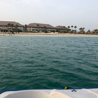 Photo taken at Banana Island Resort Doha by Anantara by Moath A. on 4/23/2018
