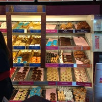 Foto scattata a Dunkin' Donuts da Letta il 4/28/2013
