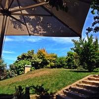 5/20/2014 tarihinde Emre E.ziyaretçi tarafından Backyard'de çekilen fotoğraf