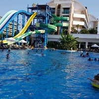 Photo taken at Crystal Waterworld Resort & Spa Aqua Park by Amin H. on 9/7/2018