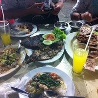 """Photo taken at Santiga Seafood """"Abeng"""" Benhil by Fify S. on 1/3/2014"""