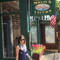 Снимок сделан в Maud's Tavern пользователем Stephen K. 7/4/2016