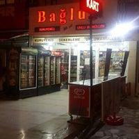 Photo taken at Bağlum Kuruyemiş by Yaşar H. on 12/29/2015