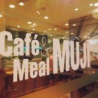 Photo taken at Café & Meal MUJI by Jay K. on 7/13/2013