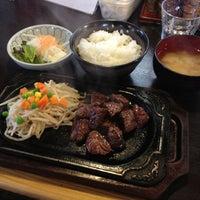 Photo taken at 町のステーキ屋さん 加真呂 錦糸町店 by Nucol on 5/22/2013