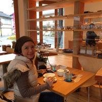 Photo taken at Cafe et Patisserie Genmyoan by Marisol on 12/4/2014