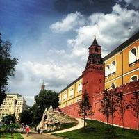 Photo taken at Aleksandrovskiy Garden by Dolly 👯 on 7/3/2013