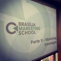Foto tirada no(a) Brasilia Marketing School (BMS) por Fernando A. em 2/22/2014