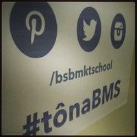 Foto tirada no(a) Brasilia Marketing School (BMS) por Fernando A. em 4/27/2013