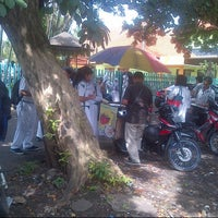 Photo taken at SMP Negeri 1 Malang by Nicko Y. on 2/18/2013