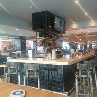 Foto tomada en Grub Burger Bar por Blake B. el 12/6/2013