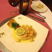 Foto tomada en Restaurant 1985 por Lucia D. el 3/10/2014