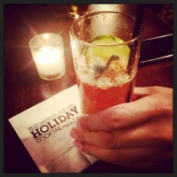 8/31/2015 tarihinde Mary-Majella O.ziyaretçi tarafından Holiday Cocktail Lounge'de çekilen fotoğraf