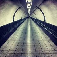 Photo taken at Finsbury Park London Underground Station by Dørīåñ C. on 8/17/2013