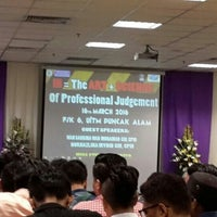 Photo taken at Bilik Seminar Fakulti Sains Kesihatan by Syuhada Z. on 3/16/2016