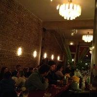 Das Foto wurde bei Salon Schmitz von Daniel C. am 10/29/2012 aufgenommen