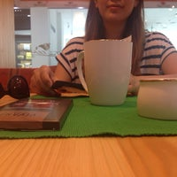 Photo taken at Tea World by Nomiujka E. on 7/28/2014