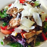 Das Foto wurde bei Dolce Vita Cucina Italiana von Dolce Vita Cucina Italiana am 11/25/2015 aufgenommen