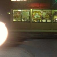 Photo taken at Del Taco by Je Ne Sais Q. on 11/28/2012