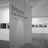 Foto tomada en Galería El Ojo Ajeno por Luis G. el 9/14/2012