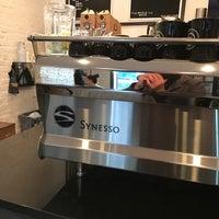Photo prise au Frisson Espresso par Taylor R. le11/11/2016