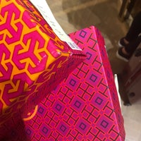 Photo taken at Tory Burch - Outlet by Cris-An Sharmaine Saavedra A. on 5/25/2017