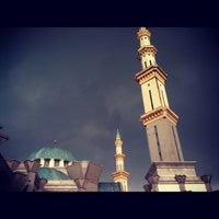 Photo taken at Masjid Wilayah Persekutuan by yusrizal e. on 10/19/2012