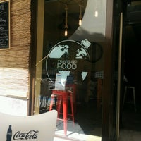 Foto tomada en El Jefe Traveling Food por Jorge L. el 7/30/2016