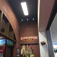 Foto tomada en Firehouse Subs por Bernie C. el 2/14/2017