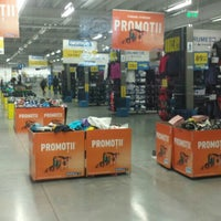 Photo taken at Decathlon by Caprarin S. on 1/27/2016