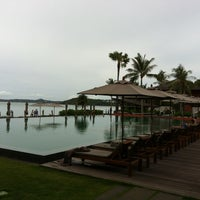 Photo taken at Hansar Samui Resort & Spa by Suebsak1 on 6/17/2013