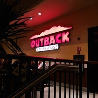 Foto tirada no(a) Outback Steakhouse por Bruno R. em 11/24/2012