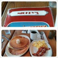 Photo taken at Mickey's Diner by MN Beer Activists on 4/7/2013