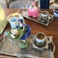 Photo taken at Cafe Gökdeniz by Erol Can P. on 8/30/2016