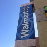 Foto diambil di Walmart oleh まりりん pada 2/27/2013