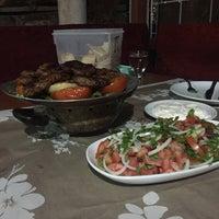7/28/2018 tarihinde Serkan A.ziyaretçi tarafından Karacabey Kebap Salonu'de çekilen fotoğraf