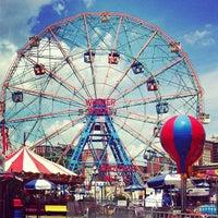 Photo taken at Deno's Wonder Wheel by Tereza F. on 7/9/2013