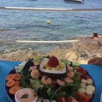 Foto tomada en El Pirata Beach Club por Manon B. el 7/30/2016