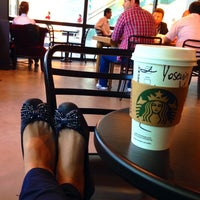 Photo taken at Starbucks by վɑՏҽʍíղ💫 on 5/21/2014