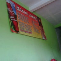 Photo taken at Mie Ayam Baso Jabrig by Anun A. on 1/13/2013