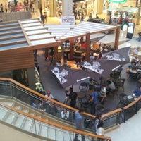 Foto tomada en La Gran Plaza Fashion Mall por Donicety L. el 9/19/2012