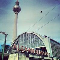 Das Foto wurde bei Alexanderplatz von Luis G. am 5/10/2013 aufgenommen
