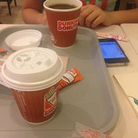 Photo taken at Dunkin' Donuts by Elaiza P. on 12/19/2015