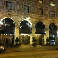 Photo taken at Paramount Hotel by Jair M. on 4/2/2013