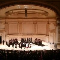 Снимок сделан в Stern Auditorium / Perelman Stage at Carnegie Hall пользователем Alicia R. 2/17/2018