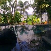Photo taken at Jicaro Island Ecolodge by Lara Y. on 3/1/2014