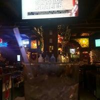 Foto tomada en Dunleavy's Restaurant & Cocktails por Keri L. el 2/1/2016