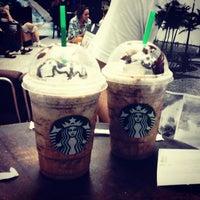 Photo taken at Starbucks by Renato Meireles on 5/31/2013