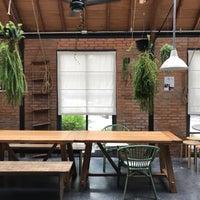 4/6/2017 tarihinde Yuna C.ziyaretçi tarafından ONEDAY Hostel & Co-Working Space'de çekilen fotoğraf